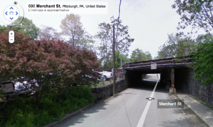 streetview-hits-bridge-google