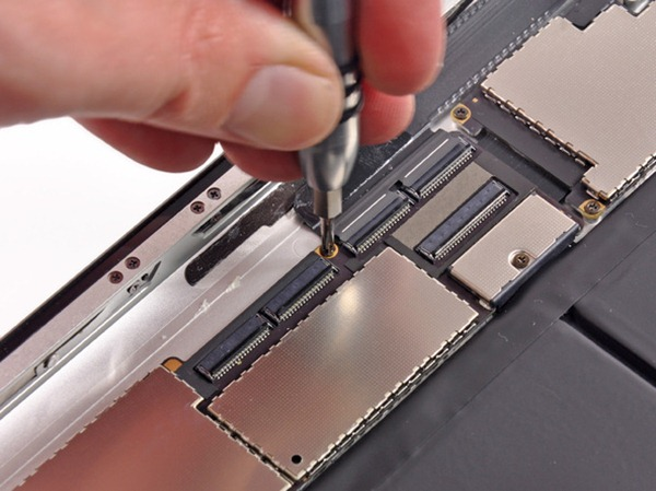 Disassembly the New iPad